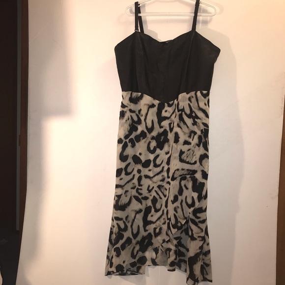 🔥Michel Studio Animal Print Flow Dress 🔥